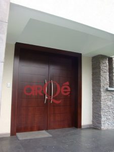Puertas De Doble Hoja Elegancia Y Tradicion Arqe